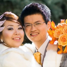 orange-roses-callas-wedding-bouquet