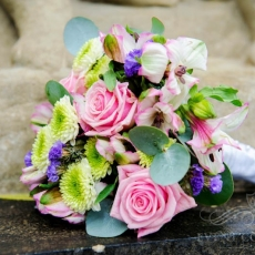 pink-purple-green-mixed-flowers-wedding-bouquet