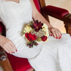 red-cream-mixed-flowers-extravagant-wedding-bouquet