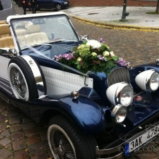 Wedding-car-in-Prague-Alfa-Romeo-Nestor-Baron