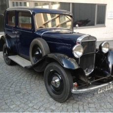 Wedding-car-in-Prague-Praga-Piccolo-1933_Oldtimer