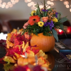 autumn-wedding-reception-table-decor-details-in-prague1