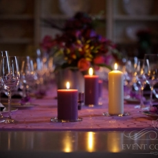 purple-color-wedding-reception-table-decoration-chateau-mcely-prague