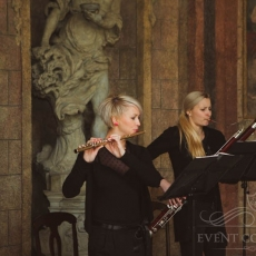 music-duo-wedding-ceremony-prague
