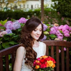 Wedding-curly-hairstyle