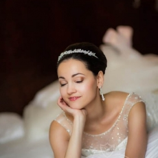 awesome-delicate-bridal-make-up-prague