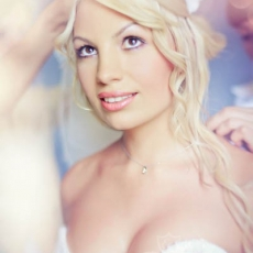 awesome-fancy-bright-wedding-make-up-in-prague