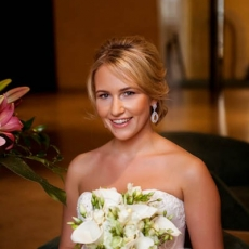 natural-style-wedding-make-up-smile
