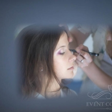 purple-wedding-make-up-in-prague-mua