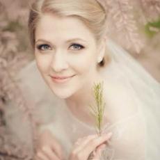 vergin-bridal-make-up-Prague