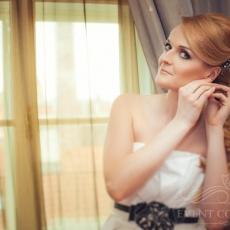 wedding-make-up-in-prague-ginger