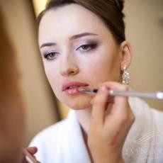 wedding-make-up-in-prague-mua-purple