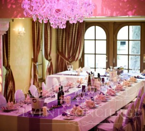 Crystal-ballroom-Alchymist-Grand-Hotel-and-Spa-t-shape-table