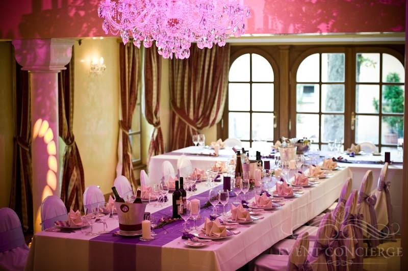Crystal-ballroom-Alchymist-Grand-Hotel-and-Spa-t-shape-table