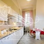 Happy-Prague-Apartments-kitchen-table