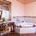 terrace-junior-suite-bathroom-Alchymist-hotel